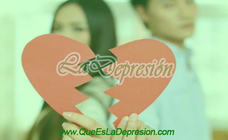Mujer y hombre después de una ruptura amorosa o de pareja