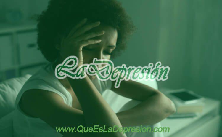 Mujer con Trastorno Depresivo Persistente (Distimia)