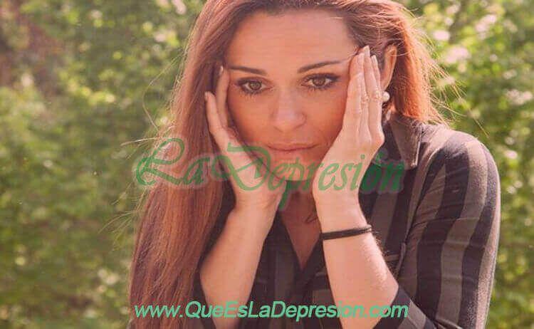 Mujer con fobia y ansiedad