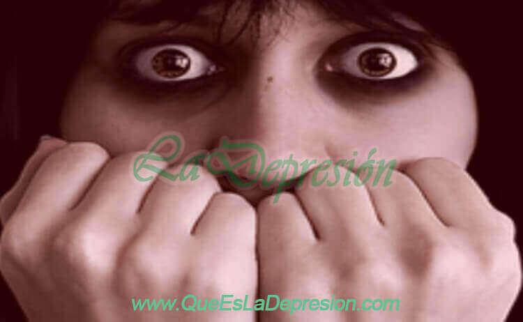 Mujer con fobia y depresión