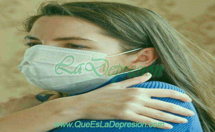 Mujer con coronavirus y depresión